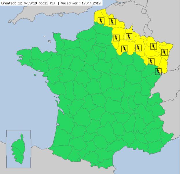 Ostrzeżenia meteorologiczne dla Francji na piątek (meteoalarm.eu)