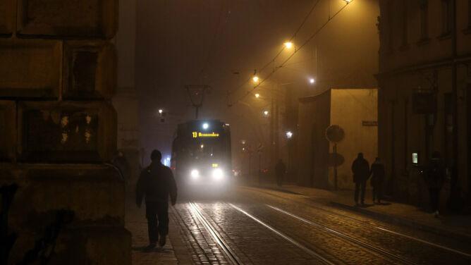 Wieczór pod znakiem smogu. <br />Są miejsca, gdzie jest fatalnie