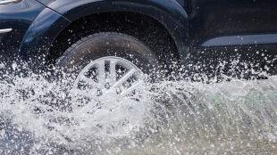 Ostrzeżenia IMGW. Uwaga na intensywne opady deszczu i burze